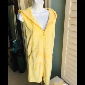 Hooded Coverup in yellow with pockets!